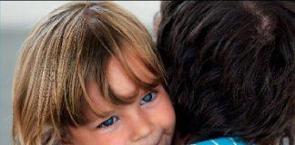 Szülőknek szóló könyv | Apak_kezikonyve_mora